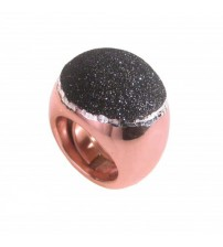 Big silver ring rose wine with glitter nail polish